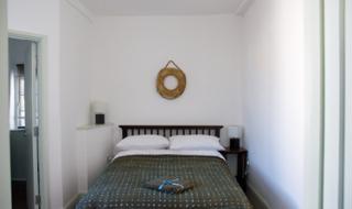 R2_bedroom